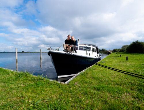 Mit dem Boot durch Friesland